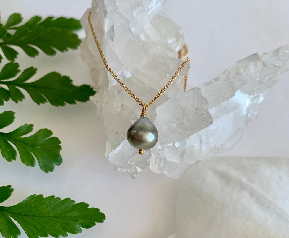 Tahitian Keshi Pearl Necklace - single teardrop