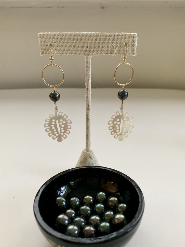 Tahitian Pearl with Ulu (Breadfruit) Leaves - Water Element Creations