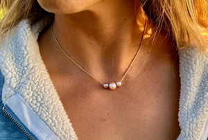 Floating Pearl Necklace - Pink Edison 3 pearl mixed