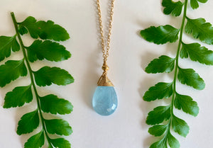 Load image into Gallery viewer, Aquamarine Wrapped Pendant Necklace