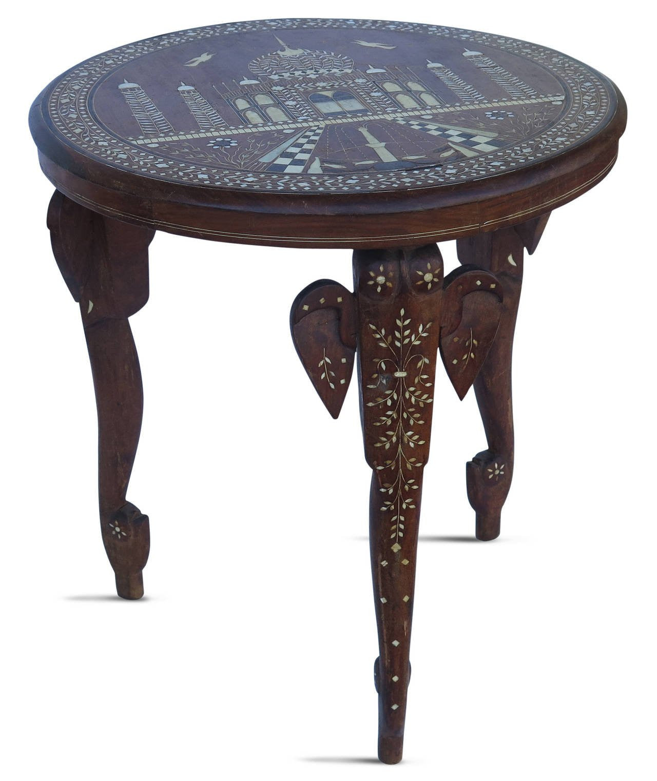 Bon 19th Century Anglo Indian Elephant Leg Side Table