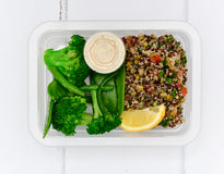 VEG MINI MEAL Steamed Greens with Cashews & Tahini Dressing - Superfood Tabouleh