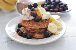 BREAKFAST Almond&Coconut Protein Pancakes with Organic Vanilla Yoghurt & Blueberries