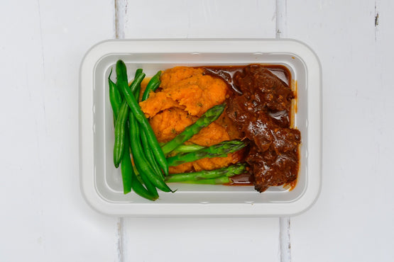 MINI MEAL BBQ Beef Our Way with Rustic Sweet Potato Mash & Green Beans