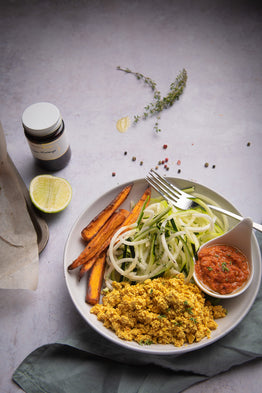 VEG LARGE Zucchini Spag, Sun Dried Tomato Pesto & S.Potato – Organic Tofu Scramble