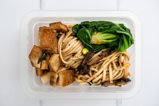 VEG LARGE Udon Noodles, Shitake & Bok Choi with Smoked Tofu