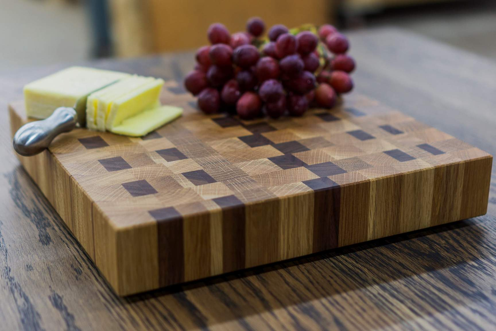 The Importance of End Grain Wood in Cutting Boards