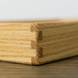 Close up look of the dovetail corner white oak rooted tray