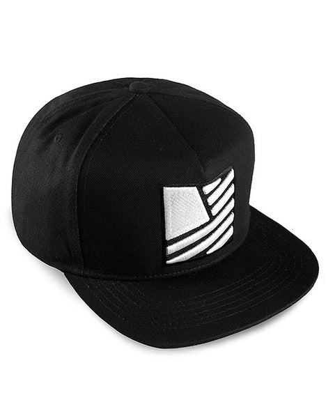 Square Flag Snapback / Black & White