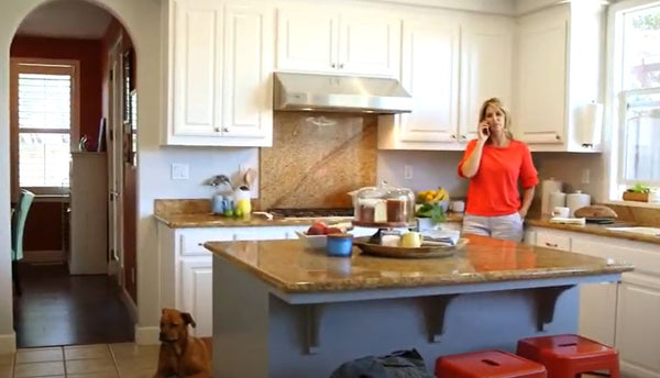 Amy G San Francisco Giants reports gets a paint makeover with Shannon Kaye and Kelly-Moore Paints