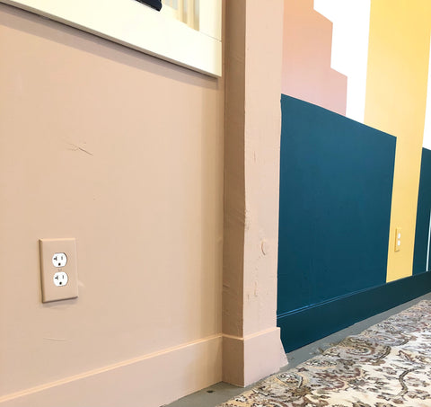 Shannon Kaye DIY paint hack paints outlet plates for Kelly-Moore Paints