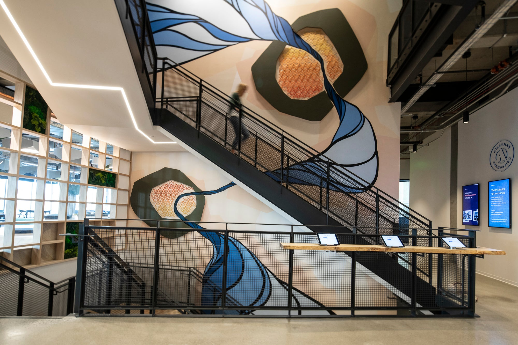 Mural Artist Strider Patton is a contemporary San Francisco based artists known for abstract murals, sculptures and installations