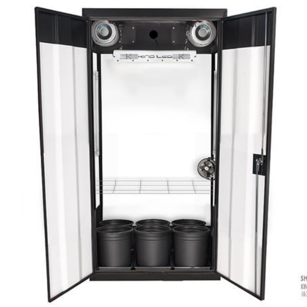 SuperFlower Smart Grow Closet - Closet Grows