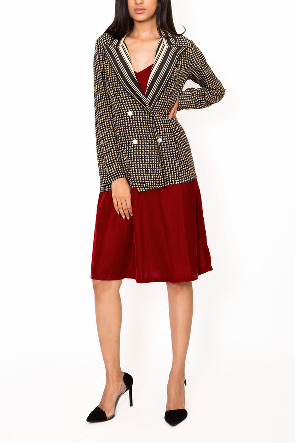 Buy Vintage Black & White Geometric Jacket for Woman on Bodements.com