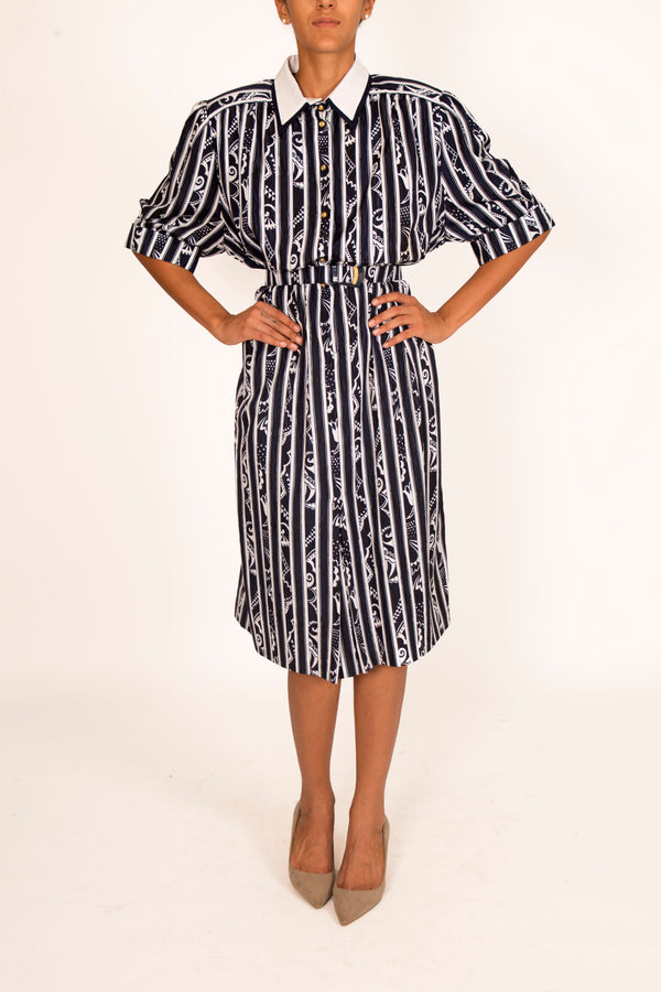 '70s Vintage Shirt Dress with Cinched Waist