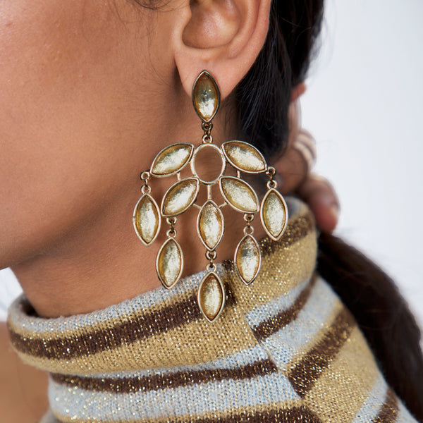 '70s A Covetable Pair Of Articulated Drop Earrings