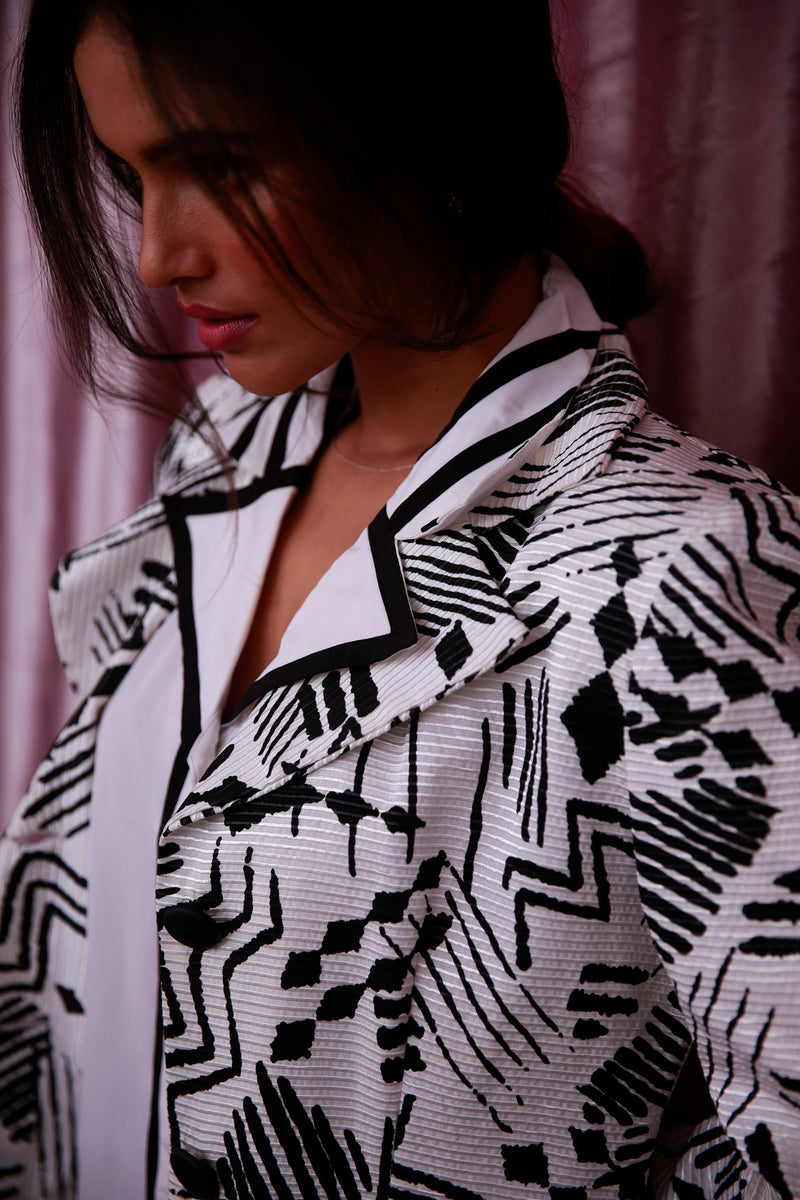 Buy Vintage Graphic Print Blazer Jacket for Woman on Bodements.com