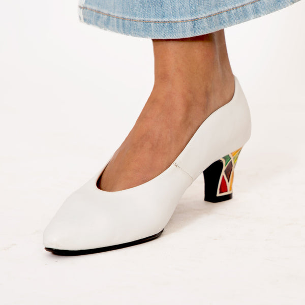 Buy Vintage White Leather Multi Coloured Kitten Heels on Bodements