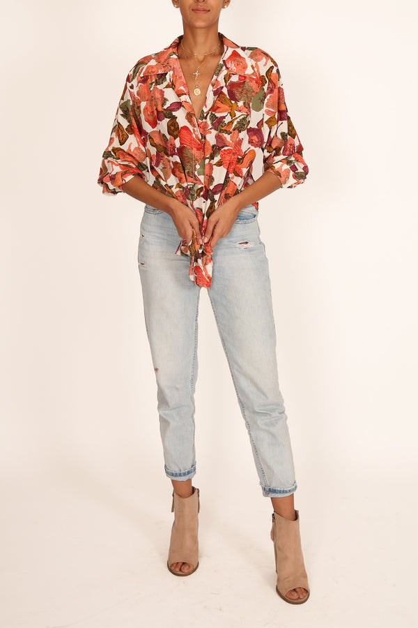 '90s Retro Floral Printed Shirt with Bold and Edgy Collar