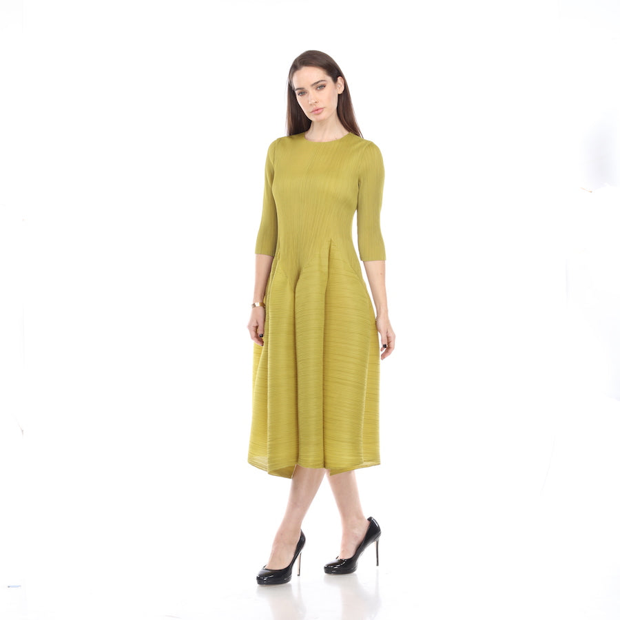 3/4 Sleeve Bubble Bottom Dress - Lime