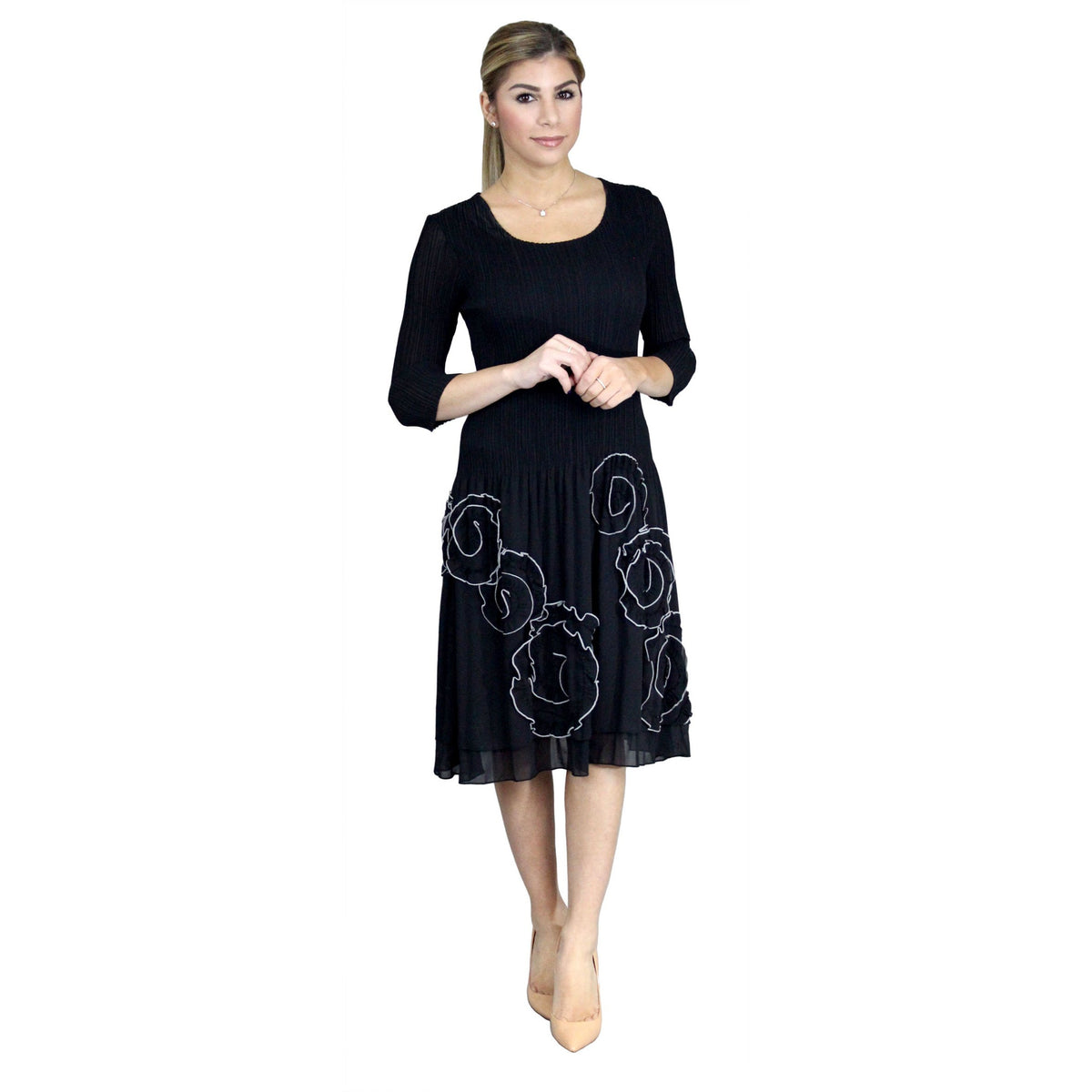 3/4 Sleeve Swirl Stitch Dress - Black