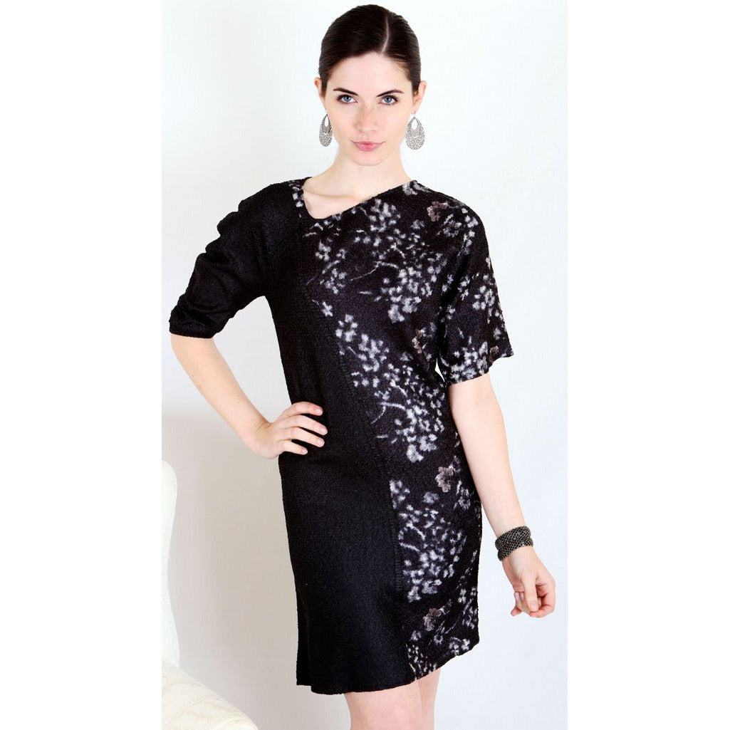 Asymmetric 3/4 Sleeve Print Dress - Black and White