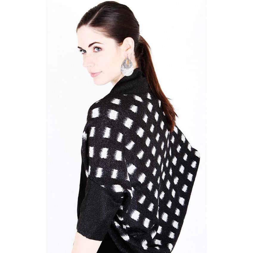 Dolman Sleeve Printed Shrug - Black and White