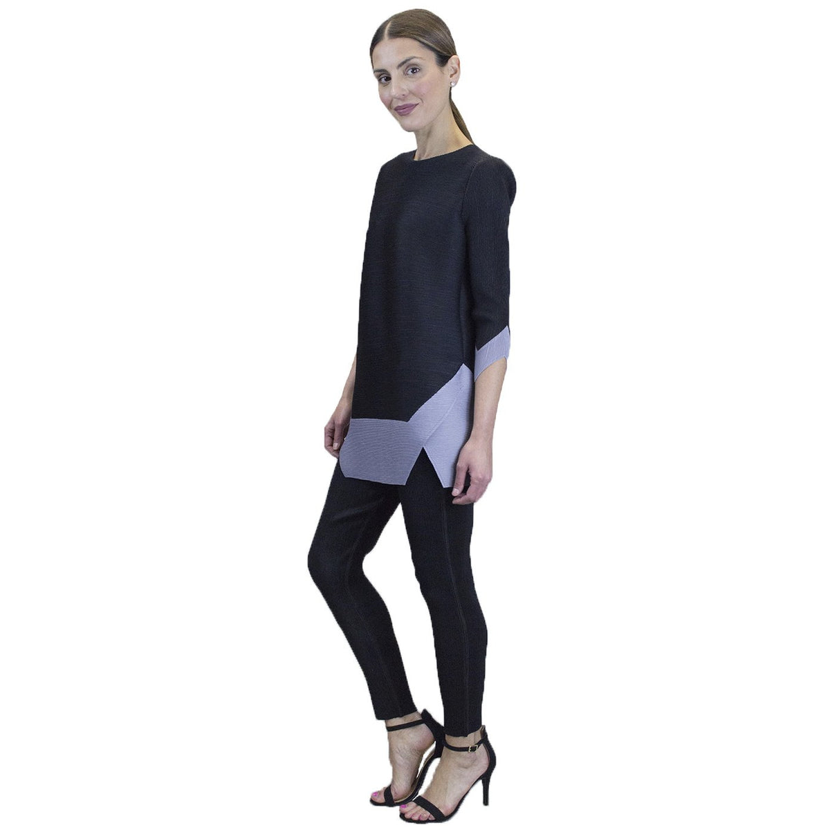 3/4 Sleeve Two Tone Top - Black and Gray