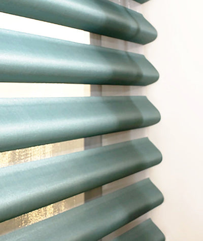 Hunter Douglas Window Treatments Pirouette Detail