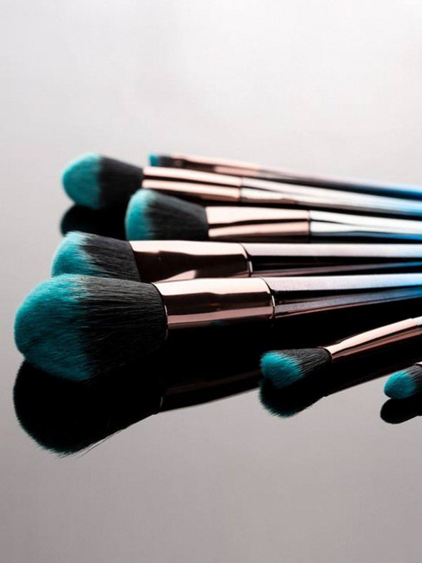 Gradient Blue Brush Set