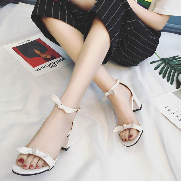 Spring / Summer New All 3 Colors Bowtie Decoration Ankle Strap Heavy Legs Adult Cute Sandals