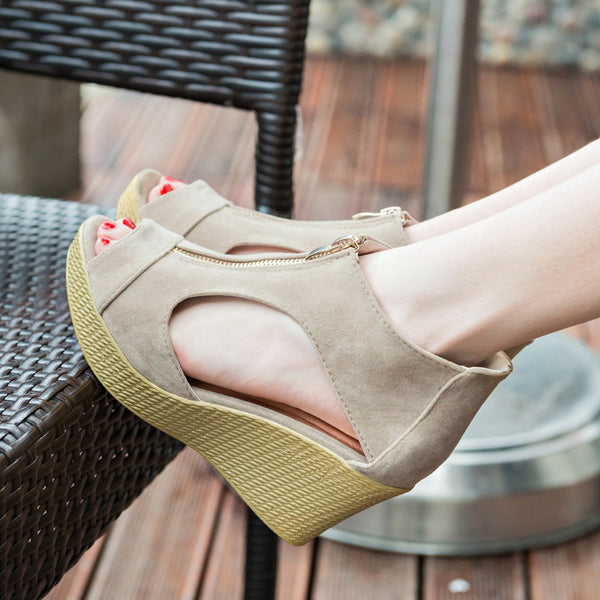 Spring Summer New Works 2 Colors Wedge Sole Fastener Suede Adults Clean Meable Sandals