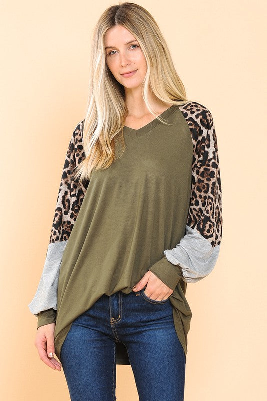 Women's Color Block Oversize V-Neck Tunic Top