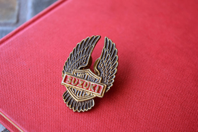 Suzuki Motorcycles Cast Metal Double Back Lapel Pin - Eagle Wings - Vintage Collectible - Rare