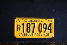 Load image into Gallery viewer, 1974 Quebec License Plate - R187-094 - Vintage Automobile ID - Wall Hanging - Industrial Decor -  Canadian Provinces