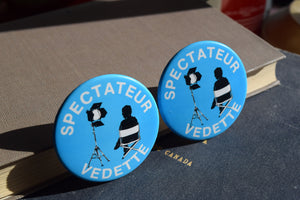 Spectateur Vedette Button Top Lapel Pin - Celebrity Spectator - Vintage Badge - French Movie Film Pins - Baby Blue - Movies - On Set