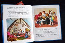 Load image into Gallery viewer, Vintage Martine Books - Set of 2 - French Language - Hardcovers - Casterman Publishing - Printed in France - 1980s French Book