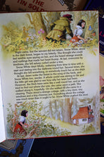 Load image into Gallery viewer, Golden Fairy Tale Hardcover Book Collection - Set of 4 - Snow White, Puss in Boots, Tin Soldier, Three Little Pigs - Printed in Italy - 1988