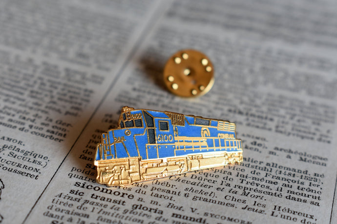 Conrail 6100 Train Lapel Pin - Vintage Railway Collectible - Canadian National Railways - CNR - Vintage Railroadiana Pinback
