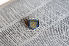Load image into Gallery viewer, Superbowl XXV 1991 NFL Championship Lapel Pin - Vintage - National Football League Memorabilia