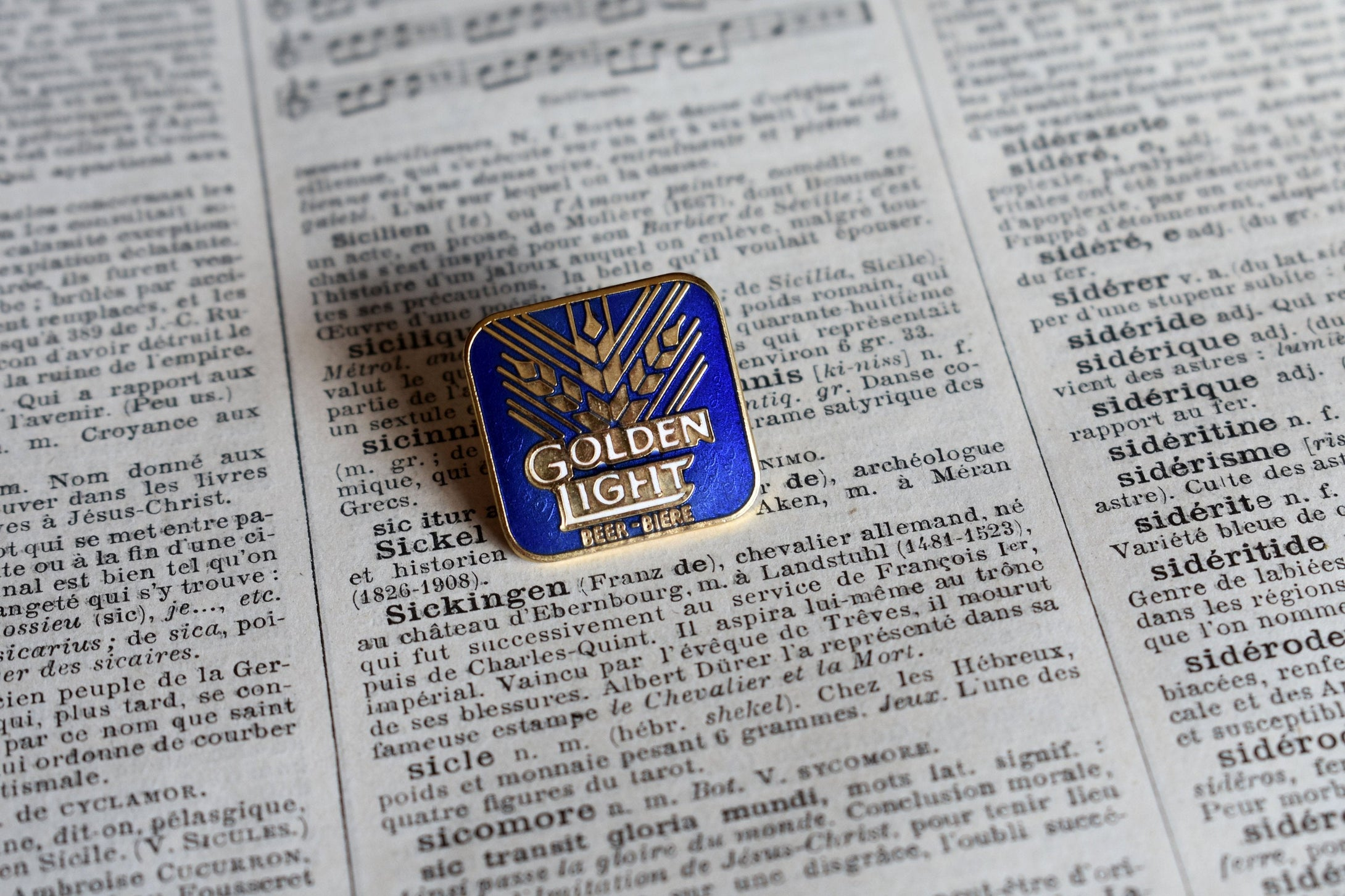 Golden Light Beer Logo Lapel Pin - Vintage