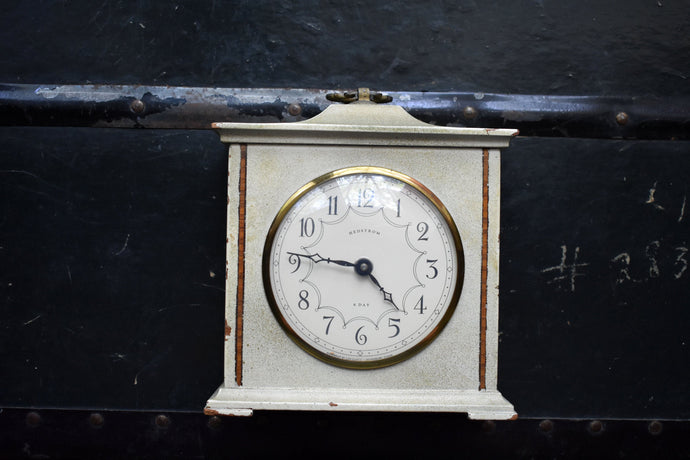 Hedstrom Alarm Clock - Manual Wind Up - 100% Functional - Vintage Clocks - Missing Turn Key - Lux Clock - Waterbury, Connecticut