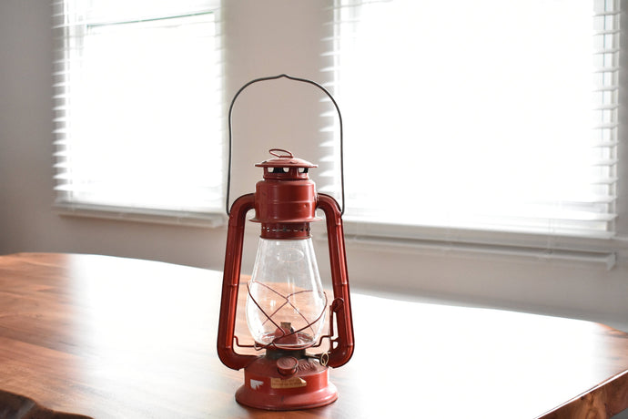 Red Lantern - Dietz Junior - Kerosene Lamp - Farm Lamp - Vintage Red Lantern