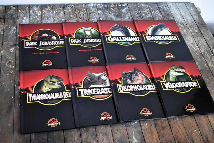 Jurassic Park the Movie Book Collection - Set of 8 Hardcovers - French Language - Printed in Canada - 1993
