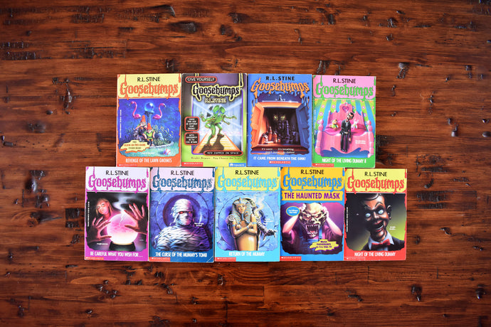 Goosebumps Book Collection - Set of 9 Softcovers - English Language - Apple Fiction - R.L. Stine - Printed in the USA - 1995