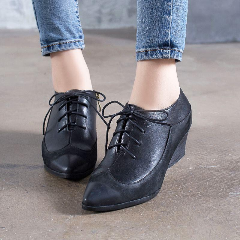 Retro Leather Women's Shoes Pointed Toe Lace-up Oxfords Boots herhershoes