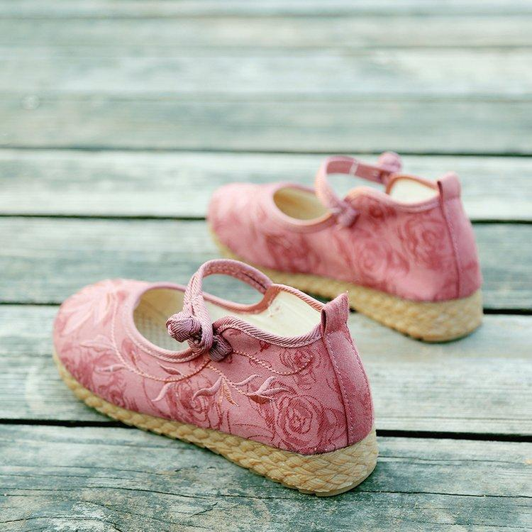 Handmade Embroidered Linen Shoes herhershoes