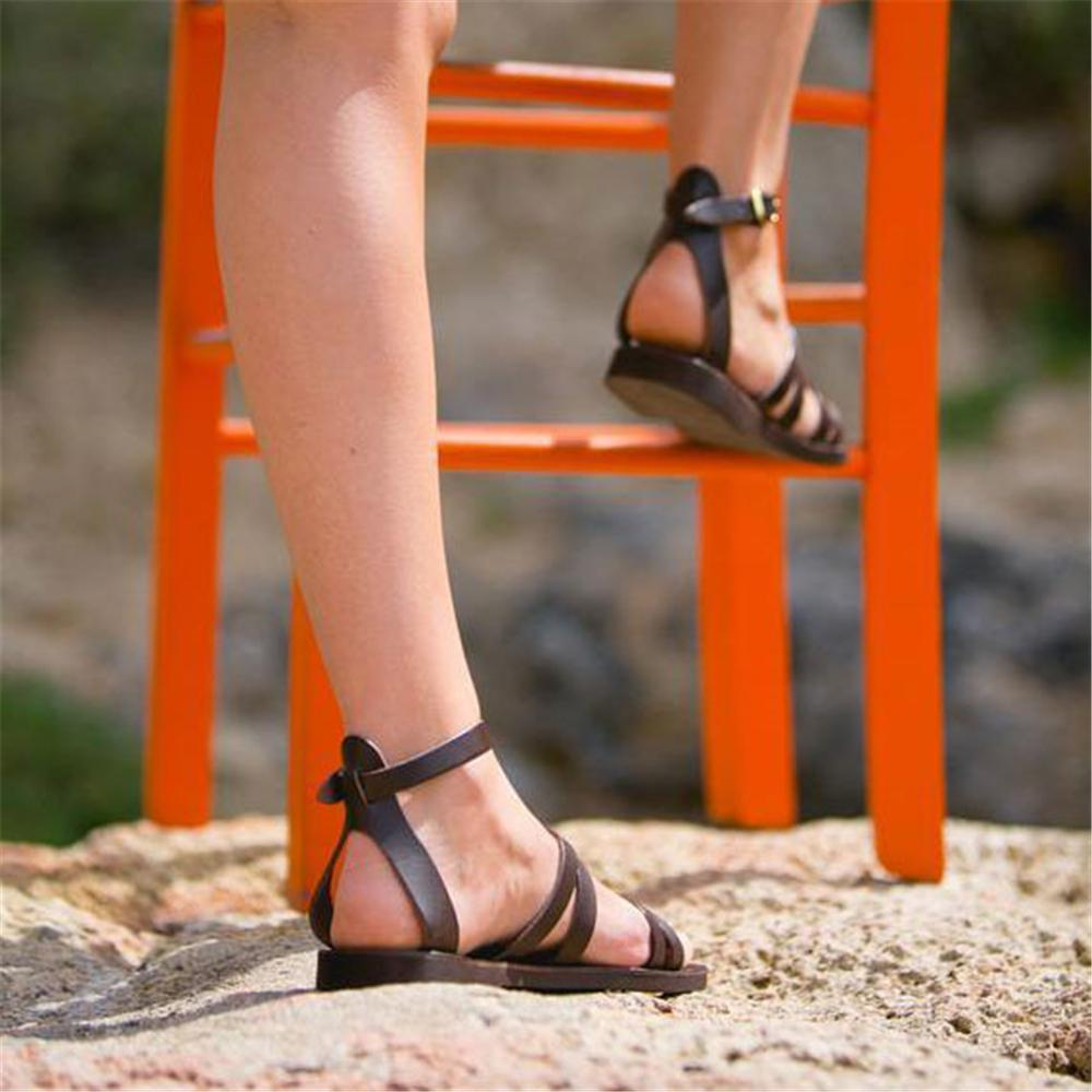 2019 New Plain Cross Strap Buckle Flat Sandal herhershoes