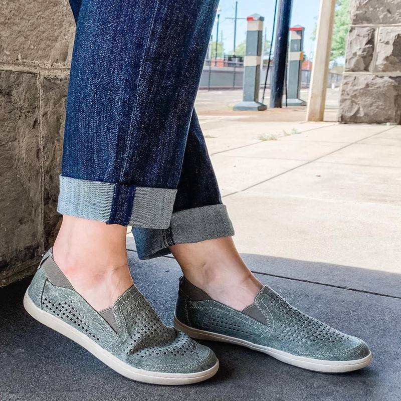 WOMEN HOLLOW-OUT SLIP-ON LOAFERS SNEAKERS herhershoes