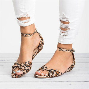Casual Leopard Adjustable Buckle Sandals herhershoes